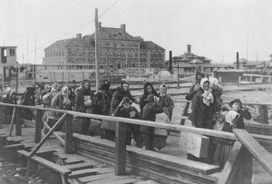 Ellis Island, 1902 Courtesy of Wikimedia Commons